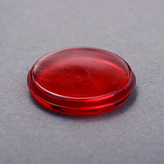 18mm Crystal Plastic Token Red